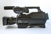 Профессиональная видеокамера