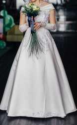 Продам свадебное платье 46-48